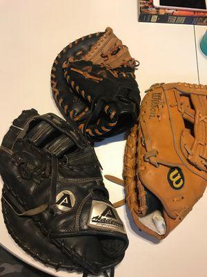 Left handed Thrower's 1st baseman's gloves for Sale in Bakersfield, CA