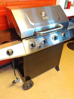 Char Broil 4 burner gas grill for Sale in Phoenix, AZ