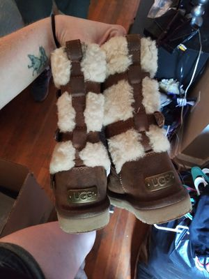 UGG Boots !!! Girls size 12 for Sale in Baltimore, MD