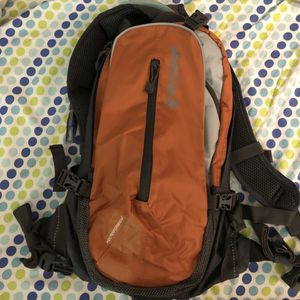 NEW Hydrated Bladder Sport Backpack with Bite Valve Hose And Bladder for Sale in Rowland Heights, CA