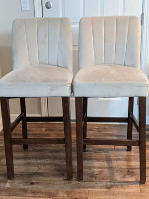 Bar height chair for Sale in San Jose, CA