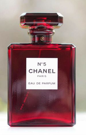 Brand new N5 limited edition parfum 3.4oz for Sale in Los Angeles, CA