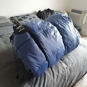 Grizzly 2 Person Sleeping Bag for Sale in San Diego, CA