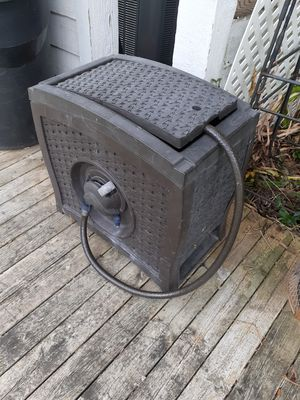 Suncoast 150ft Hideaway Hose Reel for Sale in Bloomfield Hills, MI