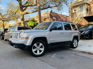 2013 Jeep Patriot Latitude 4x4 Clean CarFax for Sale in Brooklyn, NY