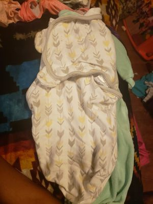 Baby swaddle. Flawless for Sale in Tacoma, WA
