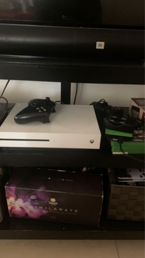 Xbox one s will trade for ps4 slim for Sale in Hollywood, FL