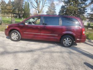 2009 Chrysler town country touring for Sale in Aurora, IL