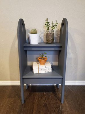 Small Shelf for Sale in Hubbard, OR
