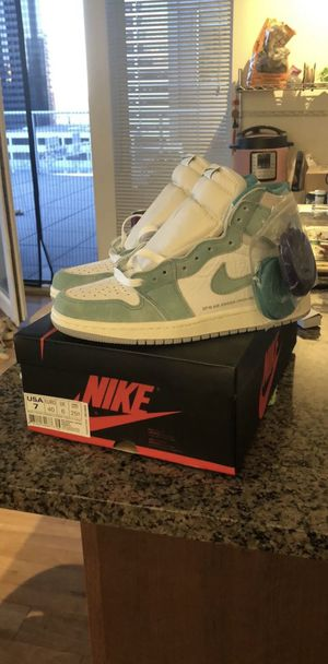 Nike Air Jordan 1 Retro High OG Turbo Green Size Men's 7 Deadstock for Sale in Seattle, WA