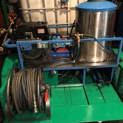 Custom Bilt pressure washer trailer water tank hot water burner cat pump Kohler motor for Sale in Las Vegas,  NV