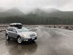 Yakima skybox roof top cargo box for Sale in Wilsonville, OR