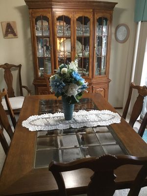 Dining room set with hutch for Sale in Fairview, PA