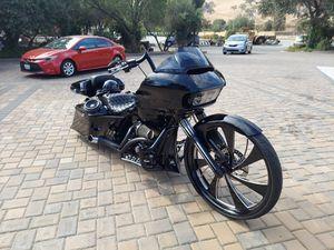 2015 Harley Davidson Road Glide 110 Custom for Sale in Fresno, CA