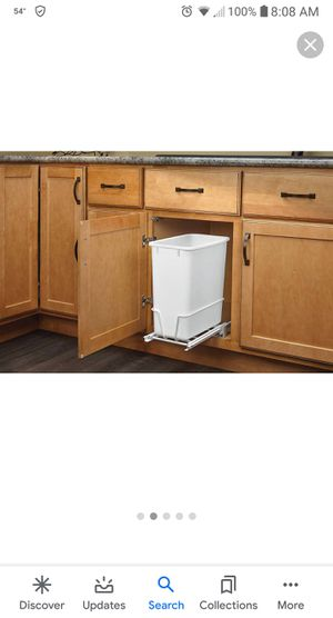 Rev-A-Shelf under cabinet waste container for Sale in Puyallup, WA