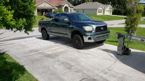 2007 tundra sr5 v8 200kmiles for Sale in Port St. Lucie, FL