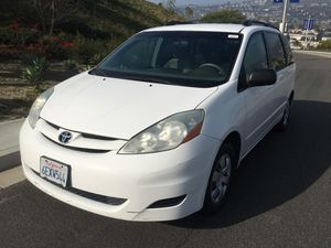 2008 TOYOTA SIENNA LE for Sale in Dana Point, CA