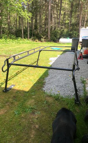 Ladder rack for 8ft bed 4 months old kargo master for Sale in Bremerton, WA