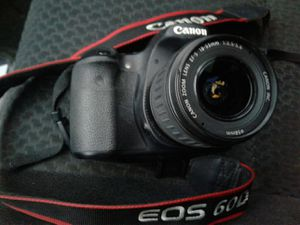 CANON camera 60D with lens and battery charger included well taken care of for Sale in West Hollywood, CA