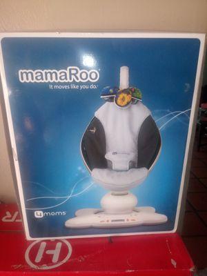 mamaroo 4moms for Sale in Phoenix, AZ