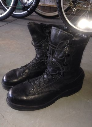 Steel toe working boots for Sale in Lehigh Acres, FL