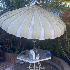 Vintage Umbrella And Patio Furniture for Sale in Anaheim, CA