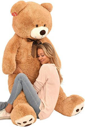 NEW Giant Cuddly teddy bear for women girlfriend surprise valentines birthday gift anniversary for Sale in Las Vegas, NV