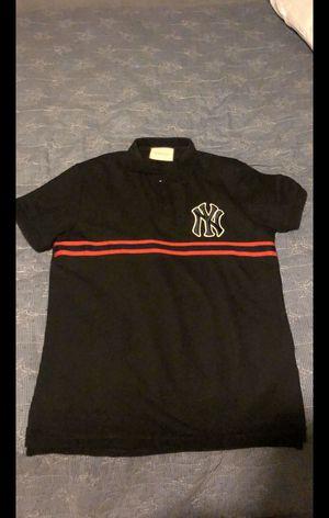 Gucci collard shirt for Sale in Lilburn, GA
