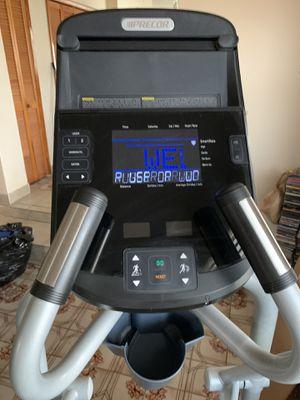 Precor elliptical energy 225 for Sale in Miami, FL