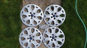 "16"" Ford Hub Caps Hupcaps Wheel Covers for Sale in Streamwood, IL"