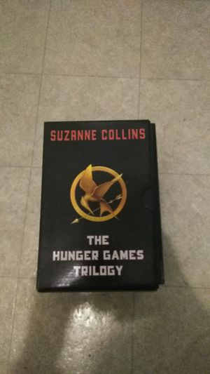 The hunger games trilogy for Sale in Acampo, CA
