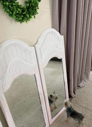 //Farmhouse White, Champagne Pink and Pale Pink Mirror Set// for Sale in Cold Spring, KY