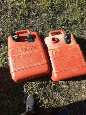 2 portable boats gas tanks for Sale in Orange, TX