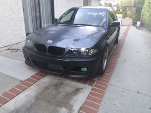 2004 Bmw 325i E46. on coils,M factory tune wheels,overfenders& more! for Sale in Los Angeles, CA