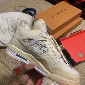Off White 4 Repost for Sale in Atlanta, GA