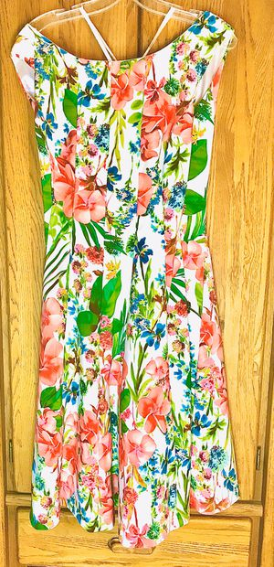 Dress Barns woman's Spring Floral print A frame dress for Sale in Lodi, CA