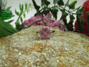 Vintage Estate Size 8 925 Sterling Silver Pink Cubic Zirconia Diamond Band Ring Wedding Engagement Anniversary Everyday Minimalist Statement for Sale in Lynnwood, WA