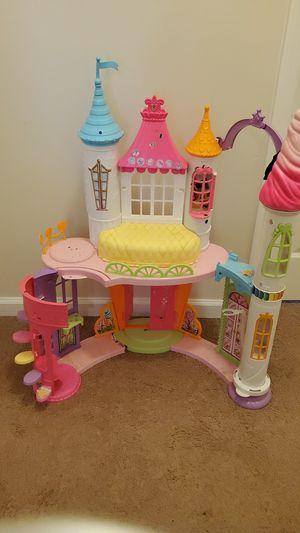 Beautiful Doll house for Sale in Gwinnett Village, GA