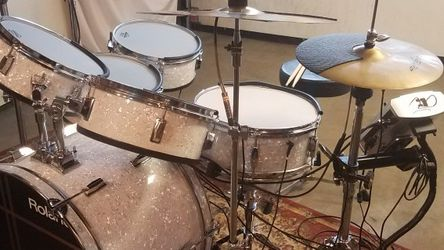 Electronic drum Set Roland TD-9 Module for Sale in Portland,  OR