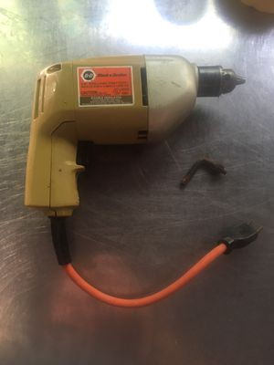"Drill Electric 3/8"" with Chuck Key Black and Decker mod# 7104 $5.00 for Sale in Smyrna, GA"