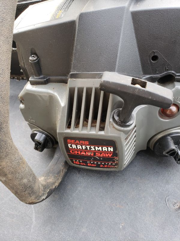 Craftsman gas chainsaw with case