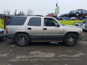 Chevy tahoe 2000 only parts engine and transmission good for Sale in Miami Gardens, FL