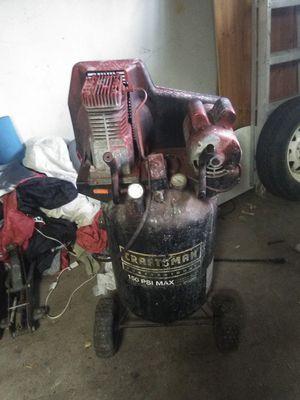 Craftsman 15 gallon compressor for Sale in Fresno, CA