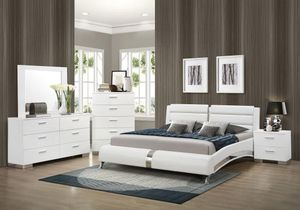 4PC EASTERN KING BEDROOM SET: EASTERN KING BED FRAME, DRESSER, MIRROR, NIGHTSTAND--WHITE for Sale in Sacramento, CA