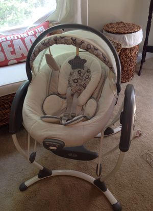 Graco infant swing for Sale in Virginia Beach, VA