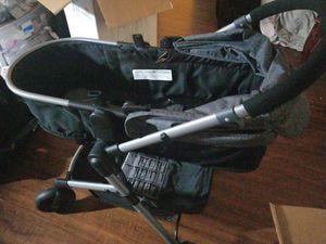 Convertible car seat plus sleeper stroller for Sale in Lakewood, CA