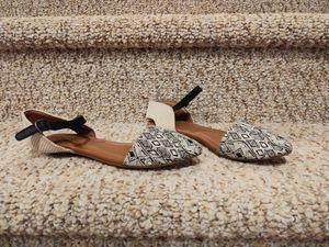 New Women's Size 6 Lucky Brand Sandal Flats Shoes [Retail $69] for Sale in Woodbridge, VA