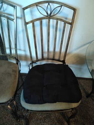 DINING ROOM TABLE CHAIRS for Sale in Wichita, KS
