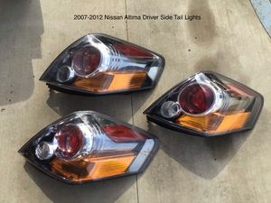 2007-2012 Nissan Altima Driver Side Tail Lights for Sale in Jurupa Valley, CA
