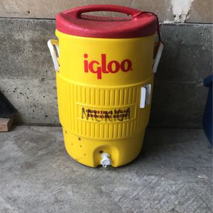 Water Cooler for Sale in Loma Linda, CA